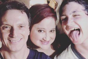 Em vídeo escritor brasileiro relata a dor de perder um filho de 15 anos para o suicídio