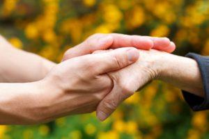 Mal de Parkinson: saiba como identificar a doença